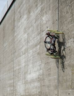 This four-wheeled robot has integrated propellers that allow it to scale…