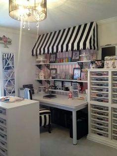 DIY Craft Room Organization Ideas for Small Spaces - Craft Storage Craft Room Storage, Sewing Room Organization, Storage Ideas, Organization Ideas, Diy Storage, Organizing, College Organization, Storage Units, Storage Drawers