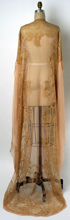 Why I'd just have to loose 100 lbs so I could just scamper about with this lovely delicacy~  SordidSoiree    1920s tea gown