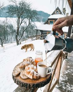 Good morning everyone 😻 Source Winter Cabin, Winter Love, Christmas Aesthetic, Winter Christmas, Land Scape, The Great Outdoors, Winter Wonderland, Beautiful Places, Wonderful Places