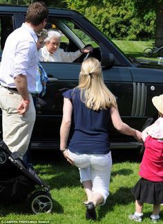 5/17/14.   Respectful: Autumn curtseying for The Queen as she drove into the Royal Windsor Horse Show