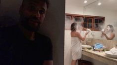Bruno Gagliasso trolla Giovanna Ewbank com farinha no secador #Ator, #Atriz, #BrunoGagliasso, #EmFamília, #Filha, #GiovannaEwbank, #Instagram, #JustinBieber, #Noticias, #Novo, #Vídeo, #Youtube http://popzone.tv/2017/03/bruno-gagliasso-trolla-giovanna-ewbank-com-farinha-no-secador.html