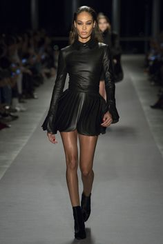 Brandon Maxwell Fall 2017 RTW: Edgy leather mini dress with intricate pleating on the skirt. I like how this dress is sweet meets sassy! Sweet with the pointed collar and sassy with the edgy leather.