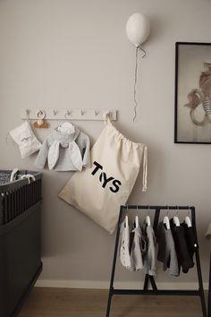 Barnrum | emmamelins Nursery Room, Baby Room, Kids Room Design, Kid Spaces, Kidsroom, Room Interior, Room Inspiration, Bed Pillows, Toddler Bed