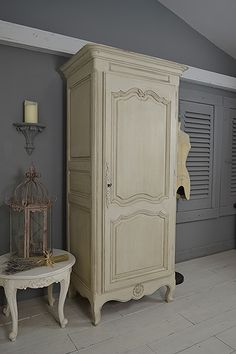 We adore this solid oak French Armoire which we've painted in Craig & Rose Chalk White, distressed and aged with dark wax to reveal the oak grain. Perfect as a hallway cupboard or small wardrobe! https://www.thetreasuretrove.co.uk/bedroom-storage/single-door-french-shabby-chic-armoire #frenchfurniture #shabbychic #vintagefurniture #craigandrose