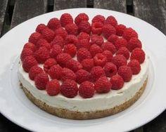 Ricotta and raspberry cheesecake