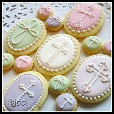 Decorated cross cookies for Baptism, First Communion, Confirmation, Holy Orders, Church Cross Cookies, Fancy Cookies, Iced Cookies, Easter Cookies, Royal Icing Cookies, Holiday Cookies, Cupcake Cookies, Sugar Cookies, Christening Cookies