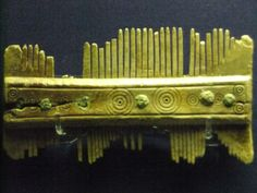 File:Anglo-Saxon bone comb, World Museum Liverpool.jpg
