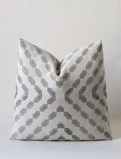Dynamic yet meditative, this style features a complex hand printed geometric design on pre-washed textured natural linen with water-based ebony ink. • Shown in 18 x 18, available in 4 sizes • Printed