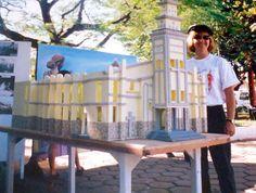 Maquete da Igreja Bom Jesus - em isopor - Concurso de artes no primeiro ano na Escola de Artes Osvaldo Verano. Premiação especial.