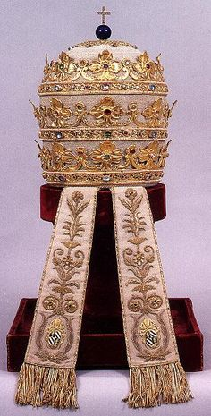 Tiara of gold made in 1835 for Pope Gregory XVI.