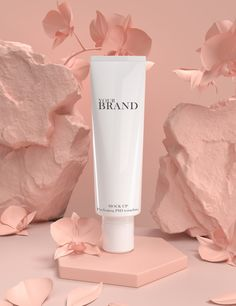 Hautpflege Produkte Premium moisturizing cosmetic products for skin care. Cosmetic Shop, Cosmetic Design, Cosmetic Packaging, Cosmetic Case, Farmasi Cosmetics, Skin Care Masks, Skin Structure, Summer Skin, Body Makeup