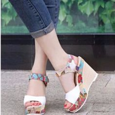 2017 Women s Sandals -High Wedge Heel e4a4a94d9