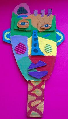 À la manière de Kimmy Cantrell  5ème année Cardboard Sculpture, Cardboard Crafts, Kimmy Cantrell, Carnival Crafts, Recycled Crafts Kids, 4th Grade Art, Masks Art, Art Lessons Elementary, Art Festival
