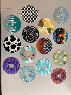 Small Canvas Art, Mini Canvas Art, Diy Canvas, Cd Wall Art, Cd Art, Indie Room Decor, Cute Bedroom Decor, Vinyl Record Art, Vinyl Art