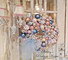 Penny's Vintage Home: Vintage Ornament Christmas Wreath