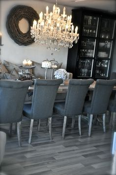 Love this dining room - and the floors! My Home Design, House Design, Interior Decorating, Interior Design, Home And Deco, Room Inspiration, Dining Room Design, Dining Chairs, Sweet Home