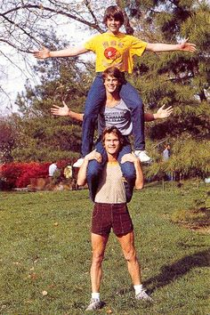 "celebritiesgettingsnuggly: "" Patrick Swayze, Rob Lowe, & C. Thomas Howell. """