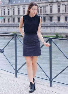 collared-top-with-high-waist-skirt-and-grunge-boots