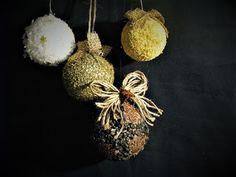 Pomysły plastyczne dla każdego, DiY - Joanna Wajdenfeld: Bombki oklejane od ziarna i kaszy do brokatu
