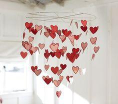 Paper heart chandelier (DIY it)