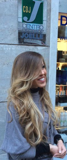 Semplicemente Degradè joelle #alternativemodacapelli #viadomodossola #torino #tagliopuntearia #moda #fashion #hair #hairstyle #wella #igers #naturalshades #longhair #haircut #welovecdj