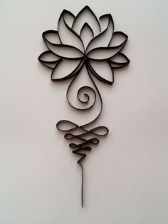 Quilling picture Lotus, quilling wall art, quilling home decor Quilling could be the art of creating images, objects and objects from coils of paper whi Quilling Paper Craft, Paper Crafts, Diy Crafts, Paper Quilling Flowers, Book Crafts, Quilling Patterns, Quilling Designs, Body Art Tattoos, Small Tattoos