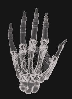 01-9a-amy-karle-hand-design-from-scan-data-and-3d-modeling-screen-cap-1-980x1352