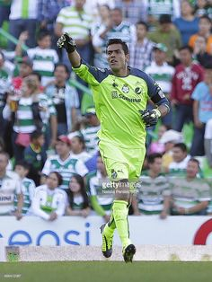 TORREON, MEXICO - FEBRUARY 01: Oswaldo Sanchez of Santos points during a match between Santos Laguna and Toluca as part of the Clausura 2014 Liga MX at Corona Stadium on February 01, 2014 in Torreon, Mexico.