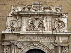 Adoquines y Losetas.: Museo de Navarra