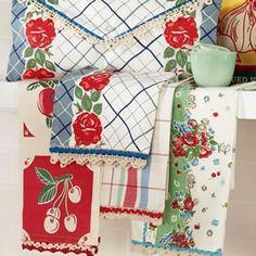 Cute retro towels from BluebirdGoods.com