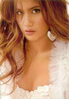 Priya Suandokemai - Beautiful #Thai Women