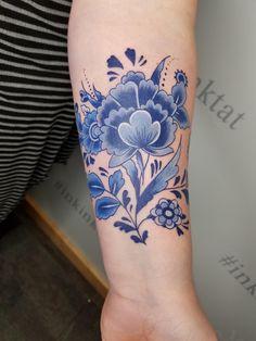 Ink Ink Tattoos & Piercings Portfolio Dutch Blue tattoo by Claire Blue Ink Tattoos, Foot Tattoos, Body Art Tattoos, New Tattoos, Sleeve Tattoos, Blue Flower Tattoos, Swedish Tattoo, Dutch Tattoo, Pretty Tattoos
