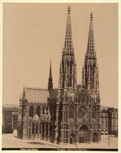 August Stauda, 9., Rooseveltplatz - Votivkirche, um 1900 © Wien Museum Documentary Photographers, Vienna Austria, Museum Collection, Old Pictures, Hungary, Barcelona Cathedral, History, City, World