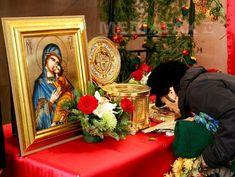 Rugăciunea ajutătoare către Maica Domnului face minuni - A. Painting, Art, Craft Art, Paintings, Kunst, Gcse Art, Draw, Drawings, Art Education Resources