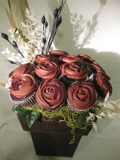 Cupcake bouquet @Stacey Southworth
