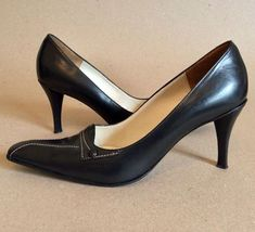 cad69829c21 A few of the proven negative effects of long-term wear of high heels are