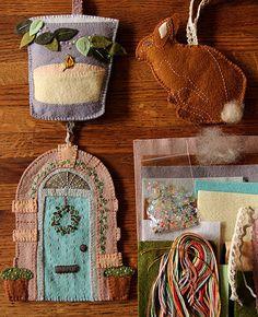 Sweet Home Ornament Set Kit << Alicia Paulsen designs the MOST beautiful felt ornament