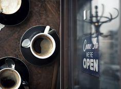 Das kleine Cafe; Wohlleben