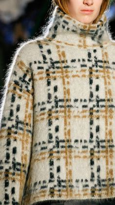 The Darker Horse: Plaid Jacquard Mohair Sweater Knit Fashion, Look Fashion, Paris Fashion, Casual Fall Outfits, Trendy Outfits, Pullover Upcycling, Modest Fashion, Fashion Outfits, Mohair Sweater