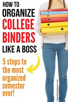 How to organize a college binder in five simple steps. Get ideas for college binder layout that will help you stay organized, improve your time management and make studying easier. College Binder, College Classes, College Fun, College Planner, College Hacks, School Hacks, Weekly Planner, School Paper Organization, College Organization