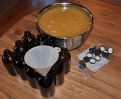 Tutorial for making Master Tonic, a natural antibiotic that's antibacterial, antiviral, anti-fungal and anti-parasitic.