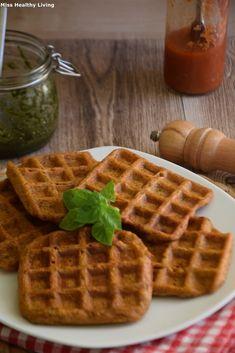 Ντοματοκεφτέδες σε σχήμα βάφλας - Miss Healthy Living Waffles, Healthy Living, Cooking, Breakfast, Food, Kitchen, Morning Coffee, Cuisine, Koken