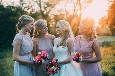Team Bride - Bridesmaids und Brautjungfer und Trauzeugin mit BRaut - Multikulturelle Hochzeit mit orientalischen Elementen | Hochzeitsblog The Little Wedding Corner