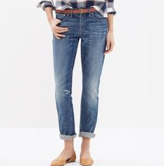 "Madewell THE SLIM BOYJEAN IN AKIVA WASH Madewell THE SLIM BOYJEAN IN AKIVA WASH. A leaner take on our slouchy-meets-skinny Boyjean.   •Size up for a looser fit. •Sits at hip. •Slight drop crotch, slouchy fit through hip, with a relaxed, slim leg. •Front rise: 9"". •Inseam: 30"", but we like it rolled to 28"". •Leg opening for size 25: 13 1/4"". •98% cotton/2% spandex. Worn once. Perfect condition. Madewell Jeans Boyfriend"