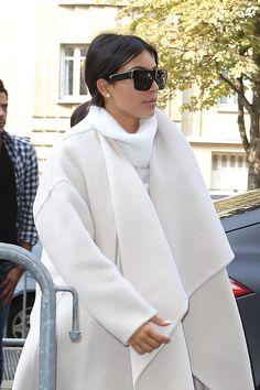 Pin for Later: Does Kim Miss Being a Bride? Her Paris Fashion Week Whiteout Kim Kardashian Paris, Kardashian Style, Kardashian Jenner, Kylie Jenner, All Fashion, Paris Fashion, Fashion Dresses, Classy Outfits, Bride