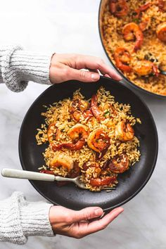 This Cajun Shrimp and Rice Skillet is a one-pot wonder full of flavorful shrimp and rice with a Cajun seasoning that the entire family will enjoy! Cajun Shrimp And Rice, Cajun Shrimp Recipes, Easy Chicken Dinner Recipes, Seafood Recipes, Easy Meals, Shrimp Meals, Shrimp Tacos, Easy Recipes, Avocado Recipes