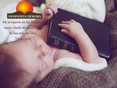Salmos 19:14 Que las palabras de mi boca y la meditación de mi corazón sean de tu agrado, oh Señor, mi roca y mi redentor.