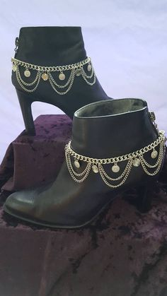 Check out this item in my Etsy shop https://www.etsy.com/listing/523135358/boot-bling-boot-chains-boot-accessories