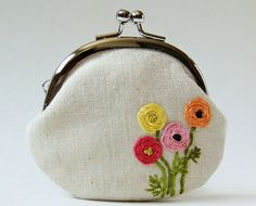 ranunculus pouch
